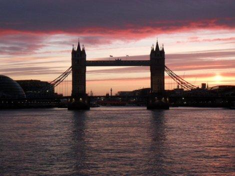 tower_bridge_sunset